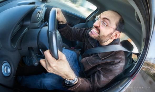Стиль вождения в Крыму некоторых джигитов