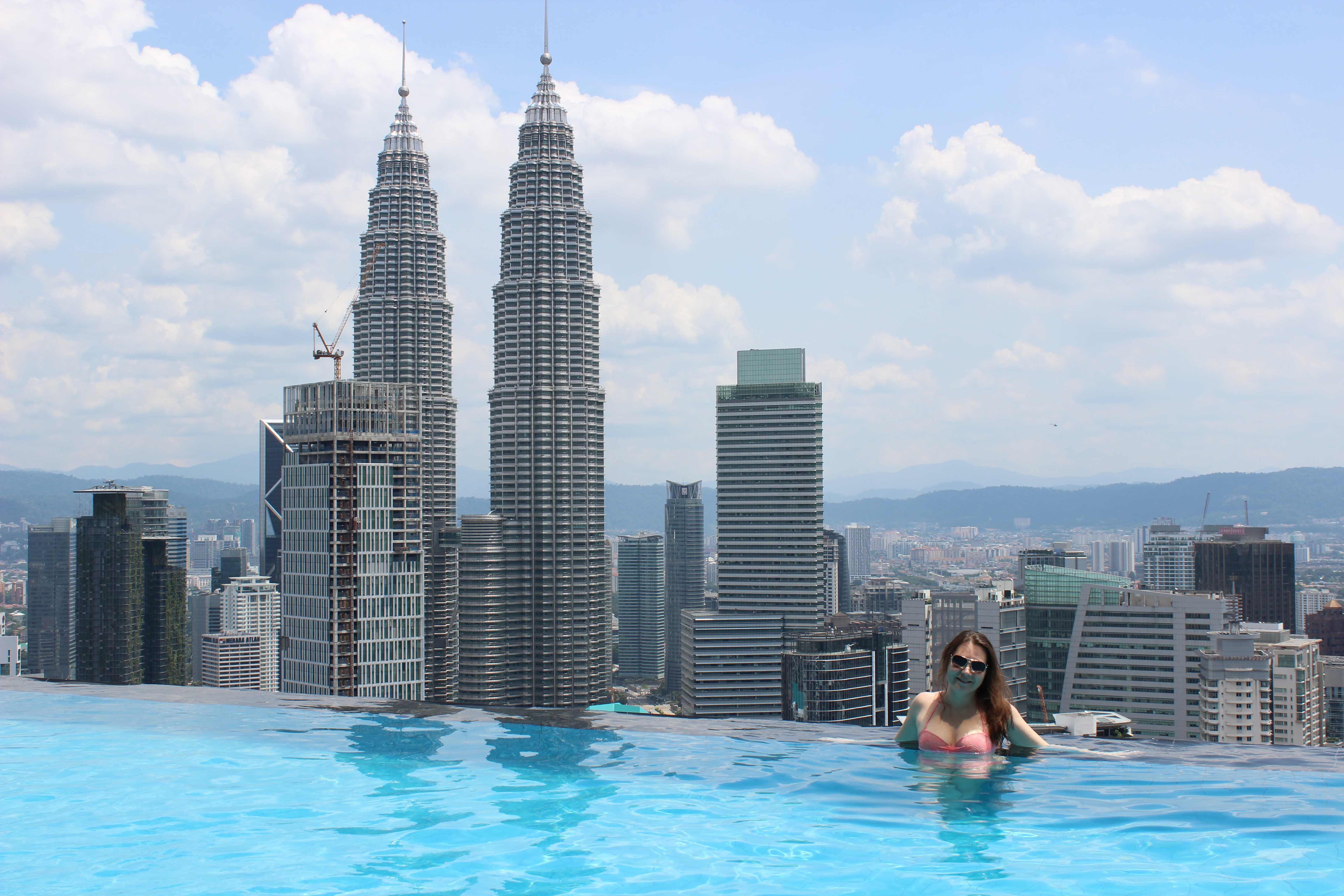 куала лумпур отель с бассейном на крыше