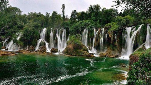 Водопад Кравица в Боснии Герцеговине