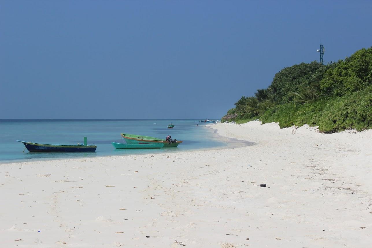 Остров Укулхас. Пляж