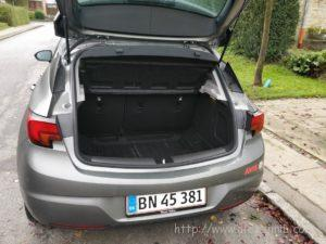 Машина, которую мы арендовали в Дании 4