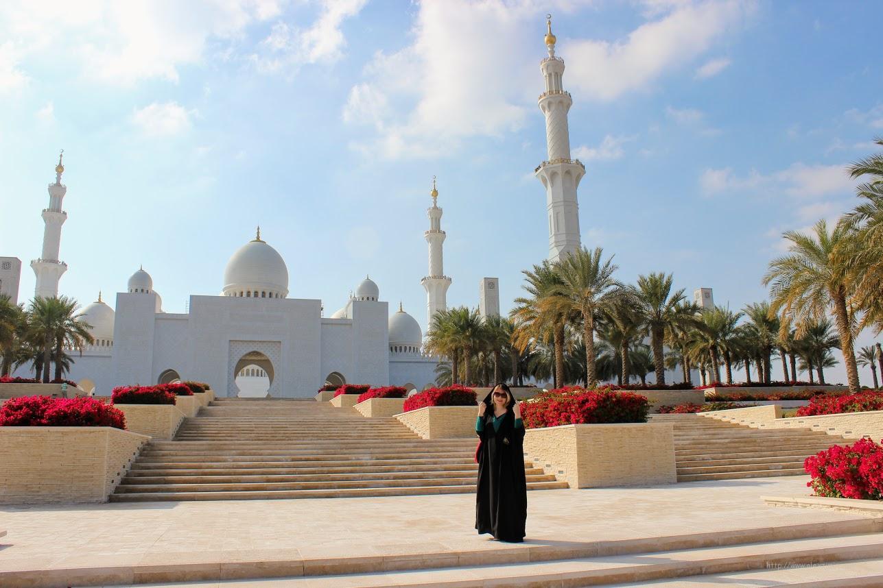 Это надо обязательно увидеть в Эмиратах. Мечеть Шейха Зайда