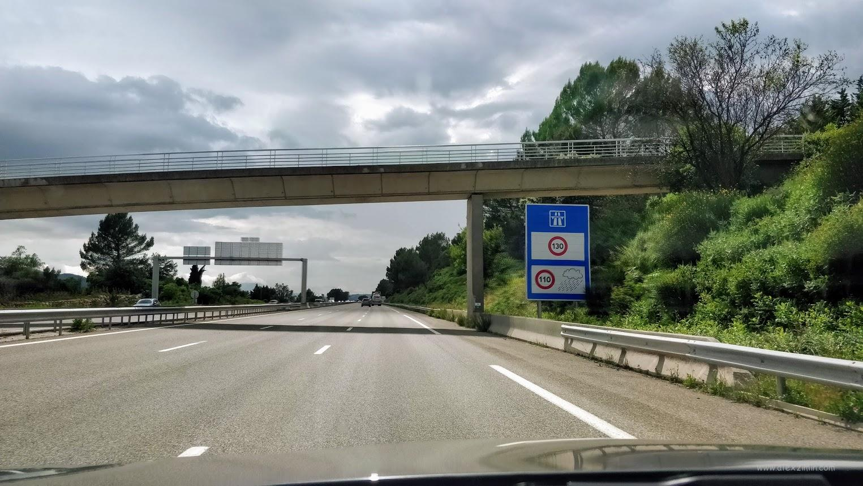 Ограничение скорости движения по автобану во Франции