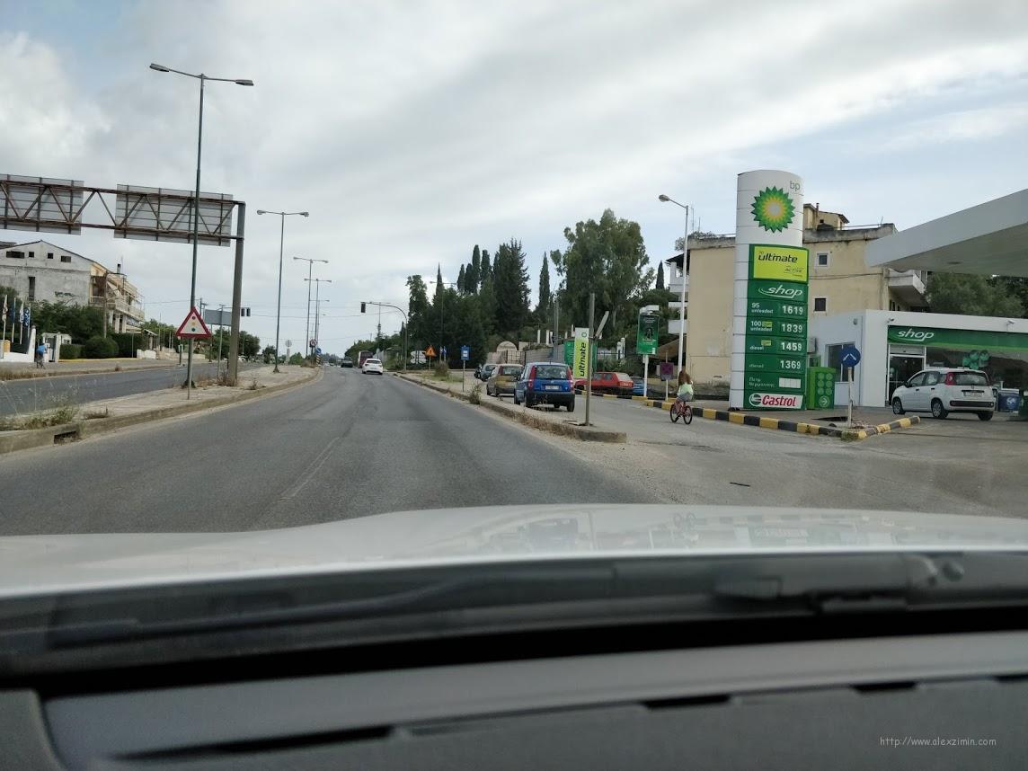 100-й бензин на греческих заправках