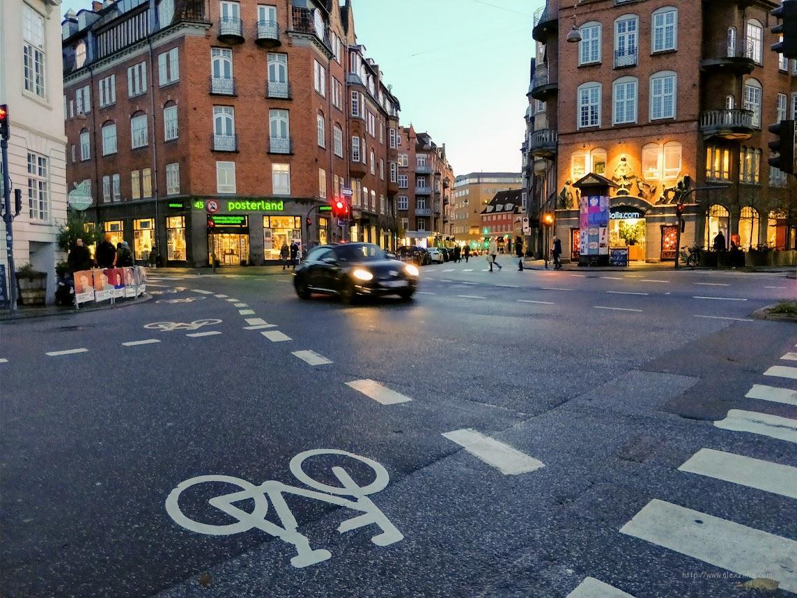 Дорожная разметка в Европе. Дания