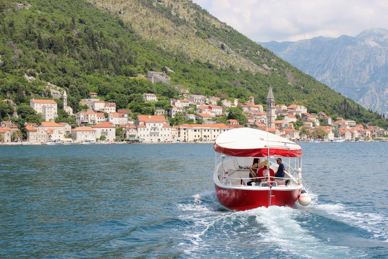 Экскурсии в Черногории. Пераст на лодке