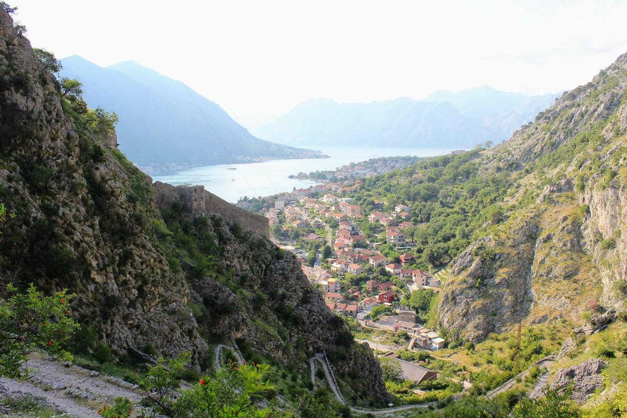 Вид на Боко Которскую Бухту. Экскурсии в Черногории