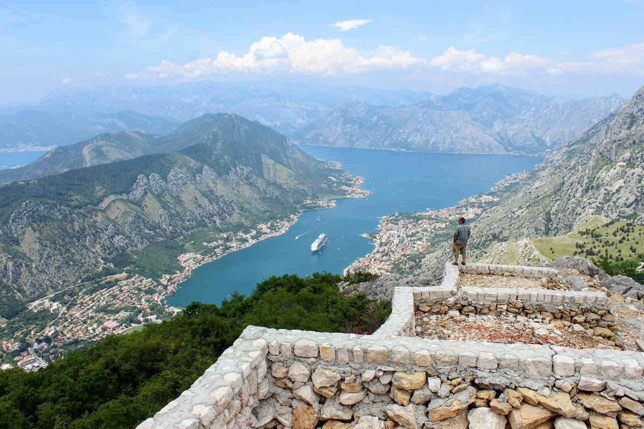 Самостоятельная экскурсия по Черногории. Вид на Боку Которску