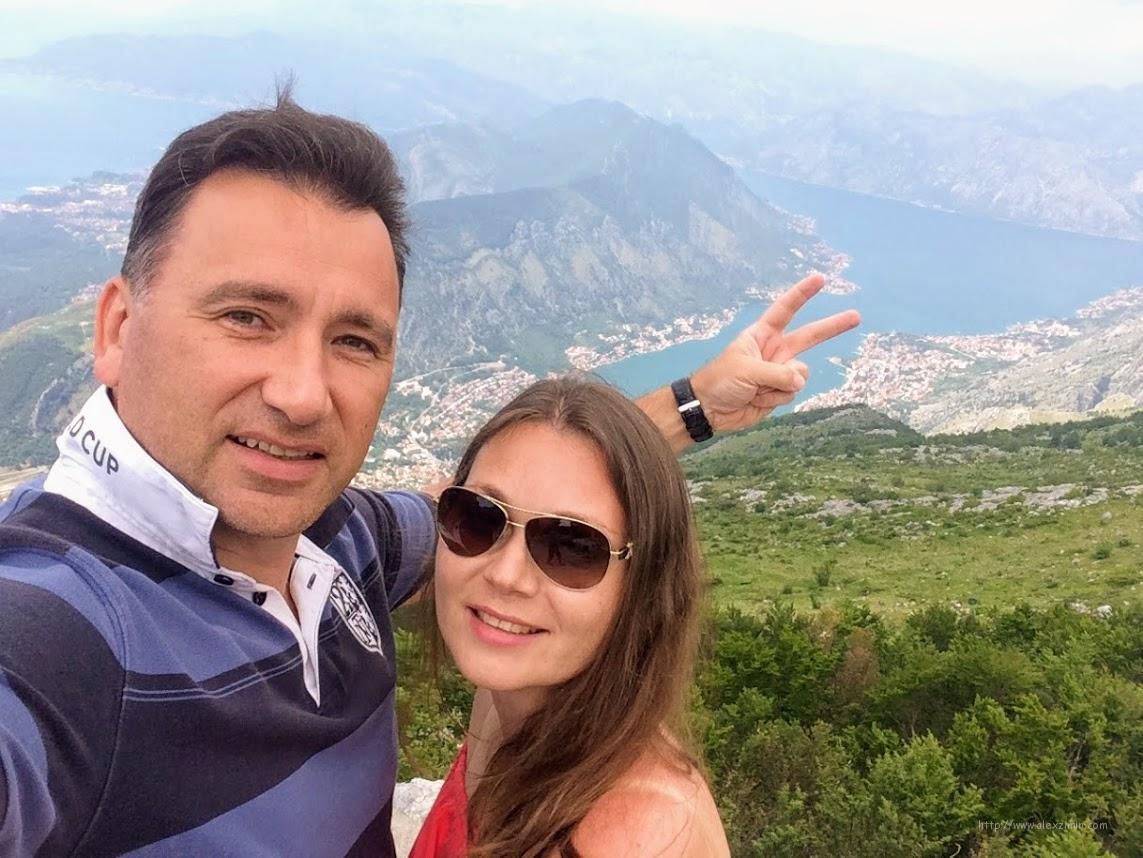 Алексей Зимин и Екатерина Зимина. Экскурсии в Черногории. Вид на Бококоторскую бухту