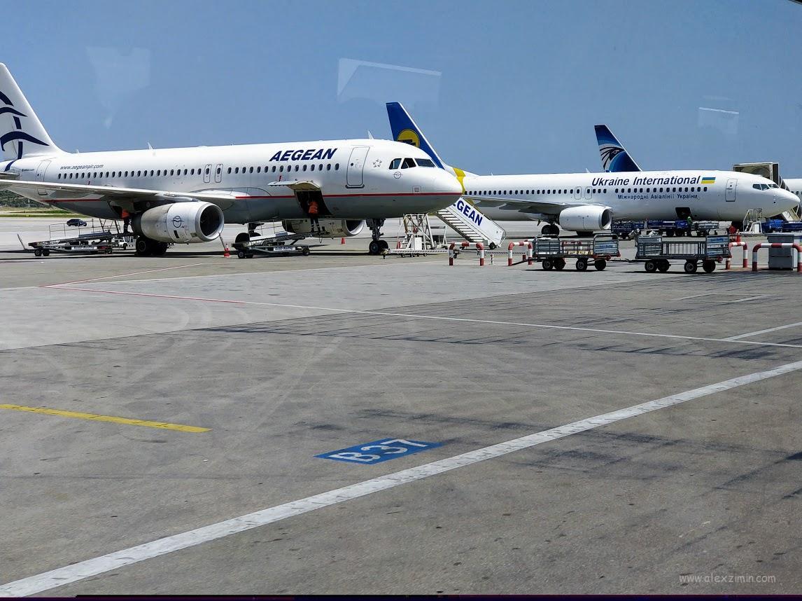 Самолеты в афинском аэропорту 2018