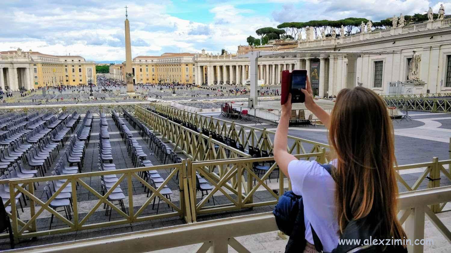 На экскурсии в Ватикане